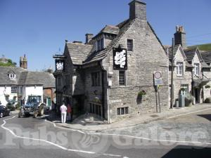 Picture of Bankes Arms Hotel