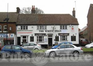 Picture of The White Swan Inn
