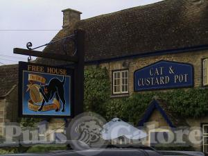 Cat & Custard Pot Inn