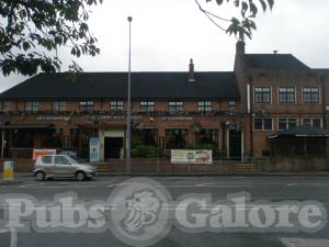 Picture of The Brocket Arms (JD Wetherspoon)