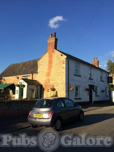 Picture of The Lion at Wicken