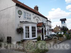 Picture of The Half Moon Inn