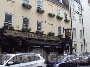 The Three Tuns In W1 Pubs Galore