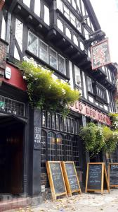 Picture of Old Red Lion