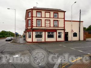 Picture of Lord Raglan Hotel
