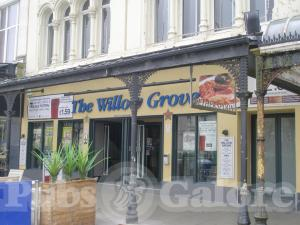 Picture of The Willow Grove (Lloyds No 1)