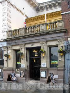 Picture of Lloyds No.1
