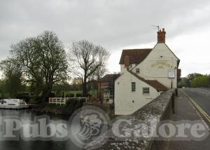 Picture of The Nags Head on the Thames
