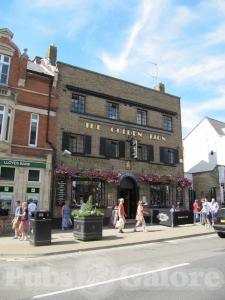 Picture of The Golden Lion (JD Wetherspoon)