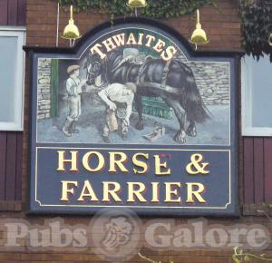 Picture of Horse & Farrier