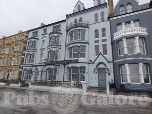 Picture of Glengower Hotel