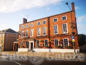 Picture of Battesford Court (JD Wetherspoon)