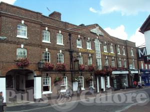 Picture of King's Arms & Royal Hotel