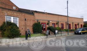 Picture of Bole Bridge (JD Wetherspoon)