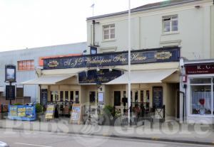 Picture of The Bright Water Inn (JD Wetherspoon)
