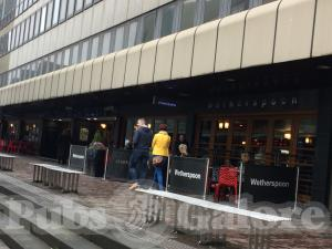 Picture of The Sir John Moore (JD Wetherspoon)