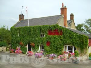 Picture of The Hunters Lodge Inn