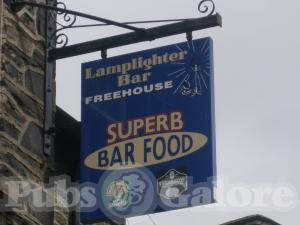 Picture of The Lamp Lighter Bar
