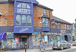 Picture of Gassy's