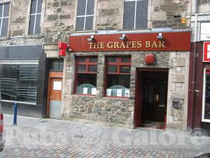 Picture of The Grapes Bar