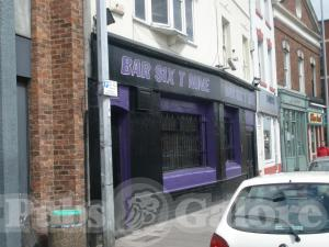 Picture of Bar Six T Nine