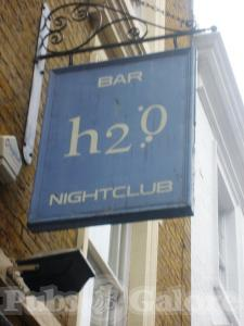 Picture of H2O Bar