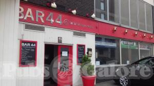Picture of Bar 44