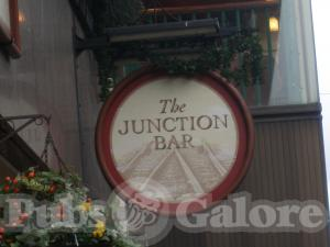 Picture of Junction Bar