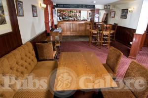 Picture of The Dust Hole (Railway Inn)