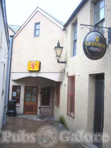 Picture of Diceys Bar