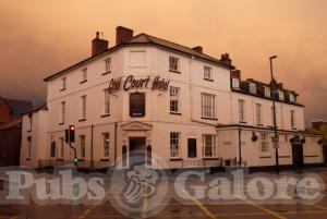 Picture of Grail Court Hotel