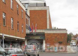 Picture of Kings Bar (Mercure Wessex Hotel)
