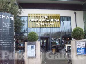 The Hope & Champion (JD Wetherspoon)